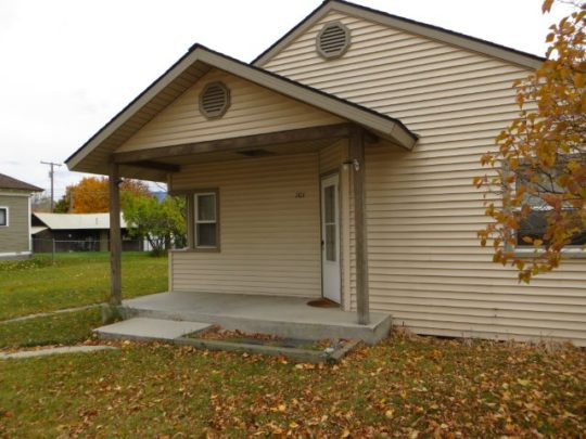 house on 101 College Street, Stevensville